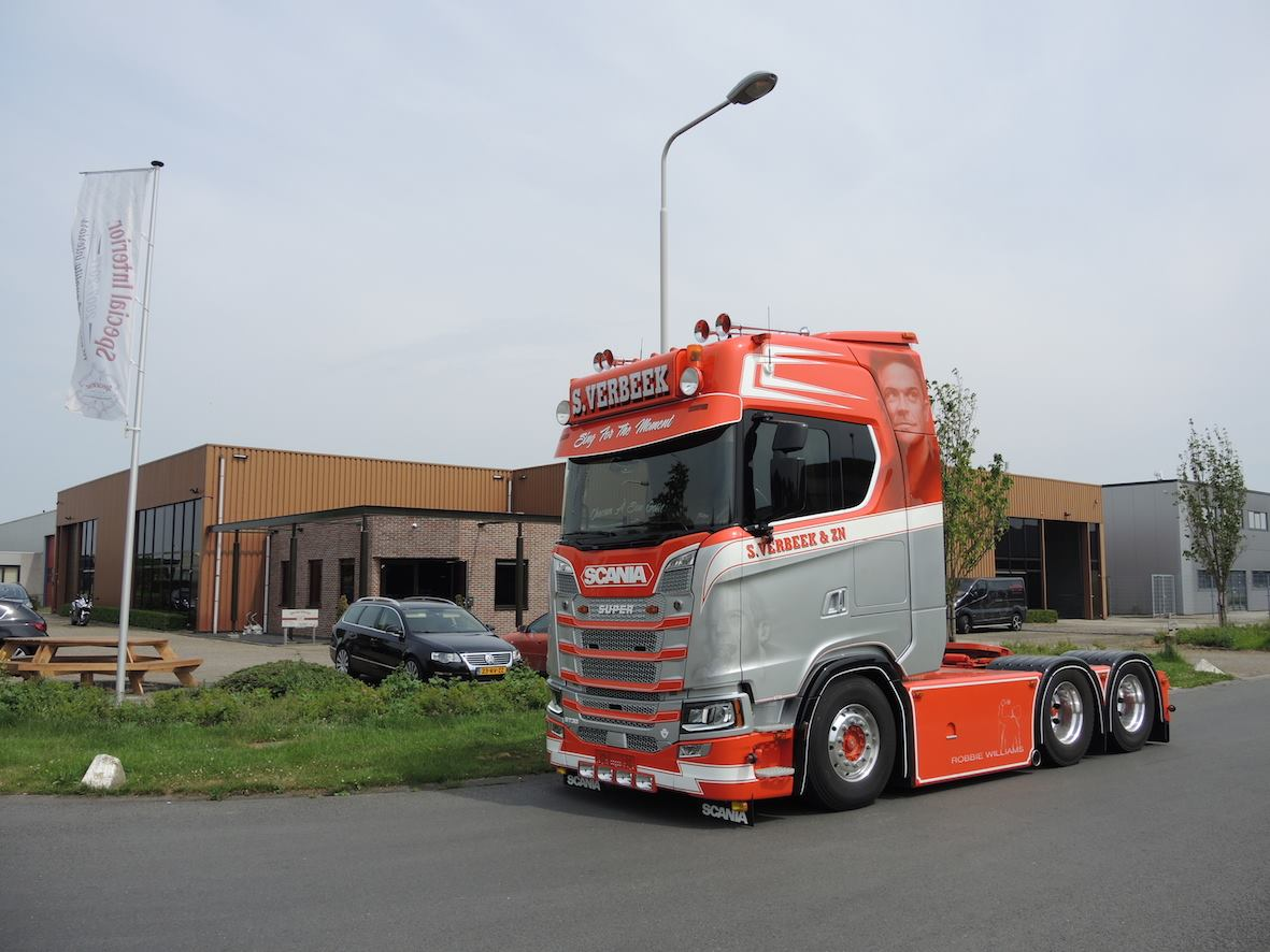 Interior Design Magazine Scania S730 With A Very Special Interior Bigtruck Magazine