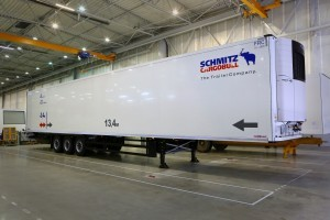 Schmitz: Extended fridge trailer for Russia