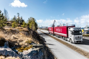 Mercedes endurance tests in Finland with 76 tonnes