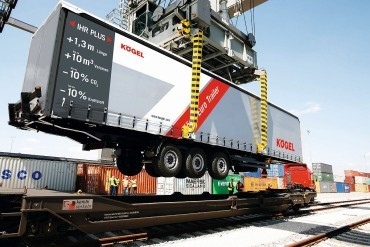 Germans embrace 14,90 metre trailer