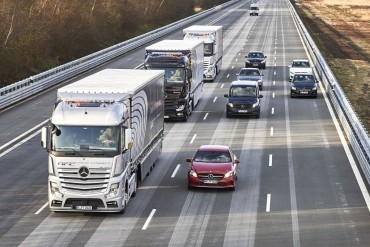 Daimler not impressed with platooning results