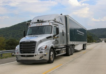 Daimler tests automated trucks on public roads