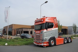 Scania S730 with a very special interior